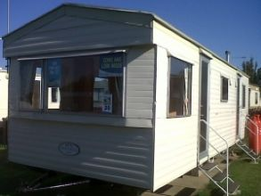 Private static caravan rental image from Oaklands Holiday Park, Clacton-on-Sea, Essex